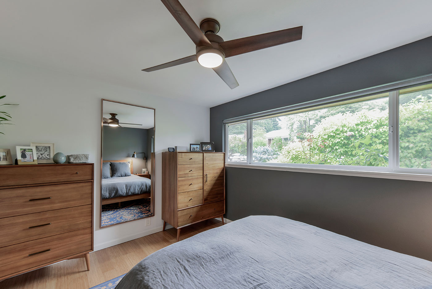 Ceiling Fan Direction In Summer And Winter Save On Energy