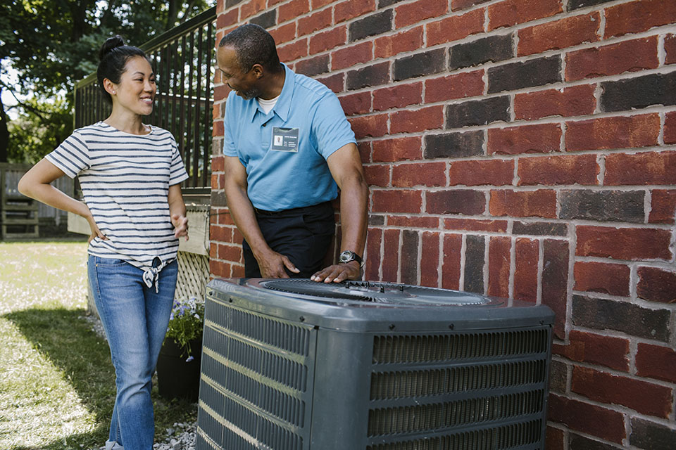 Heating and cooling contractor